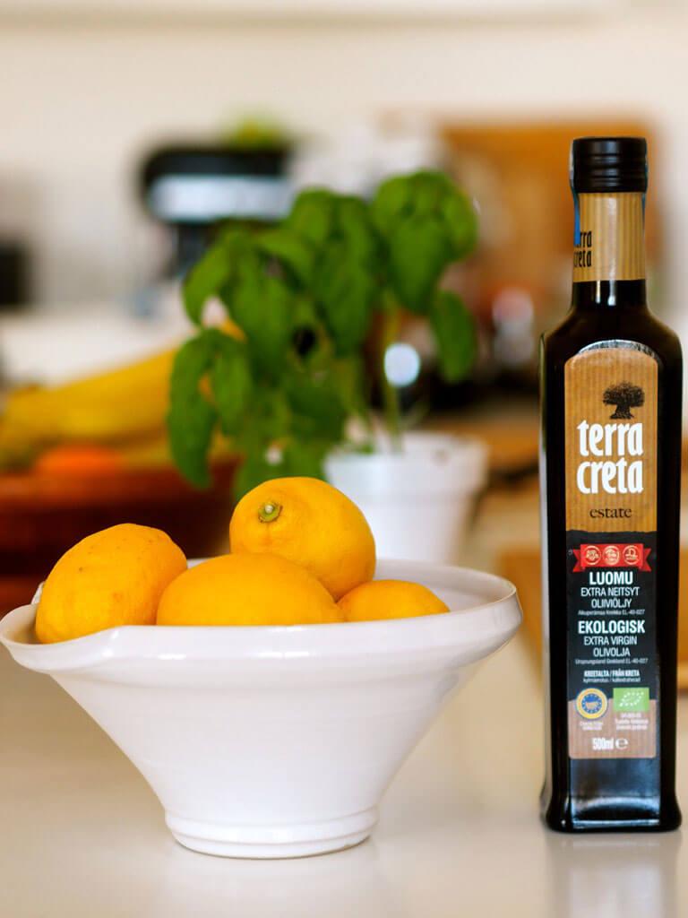 Sitruunat ja Terra Creta -oliiviöljy